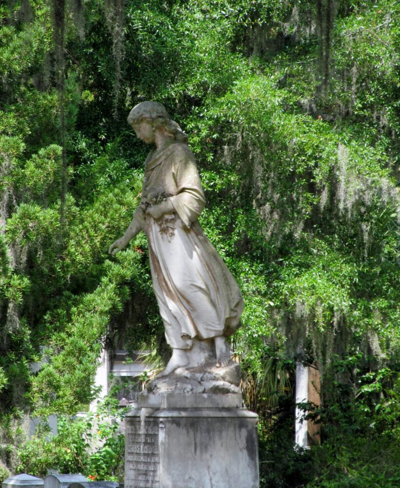 bonaventure cemetery savannah ga, charlotte nc lifestyle blogger, there's sugar in my tea, nc blogs