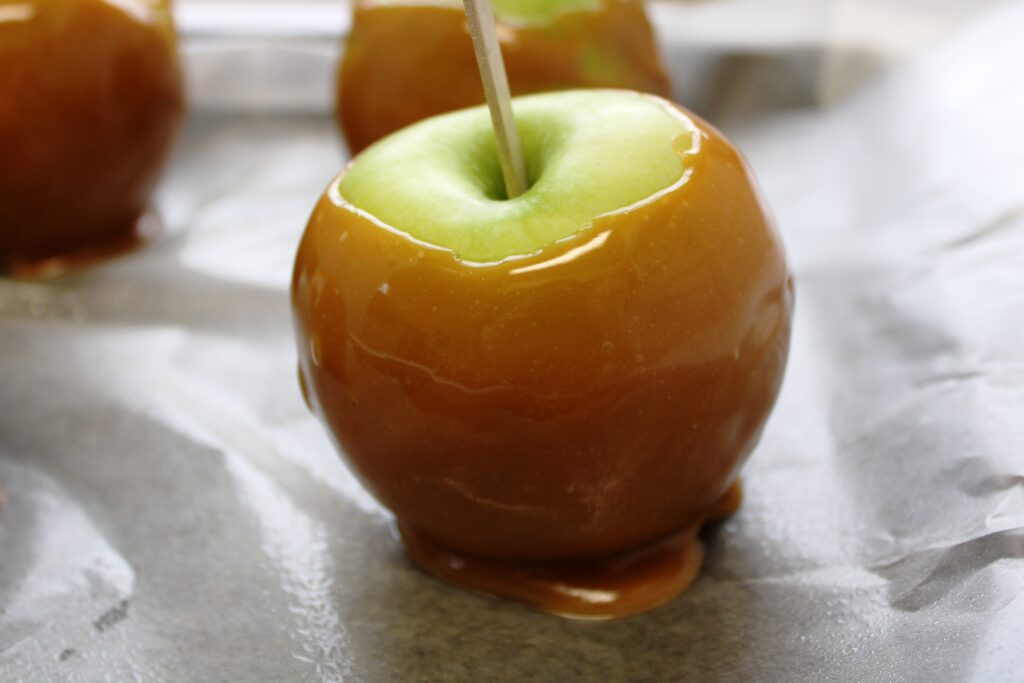 Try Our Easy Caramel Apples Recipe, There's Sugar in My Tea, Charlotte NC Lifestyle Bloggers